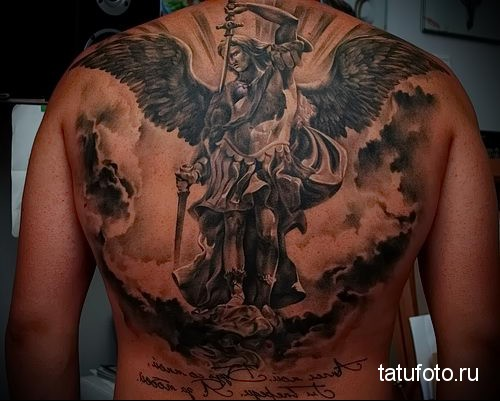 тату ангела на спине 10