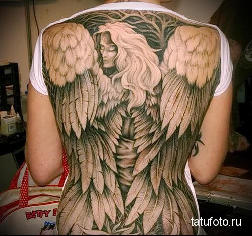 тату ангела на спине 6