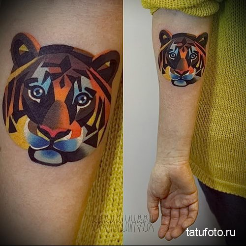 тату лев на руке - векторный рисунок на руку (цветной)