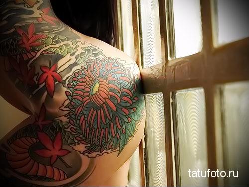 тату на попе - женские ягодицы как место для татуировки - фото 11