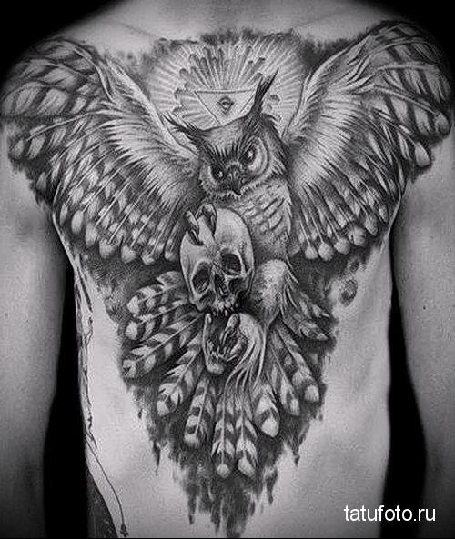 тату сова на груди 1