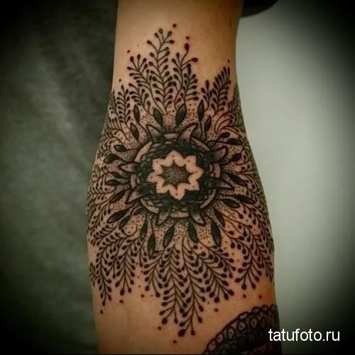 mandala tattoo dotvork 3
