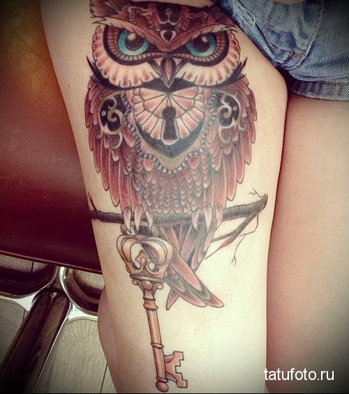owl tattoo on his leg 2