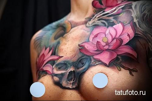 rose tattoo on her collarbone 5