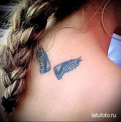 small wings tattoo 3