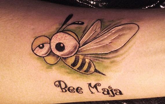 фото с татуировкой пчела -6