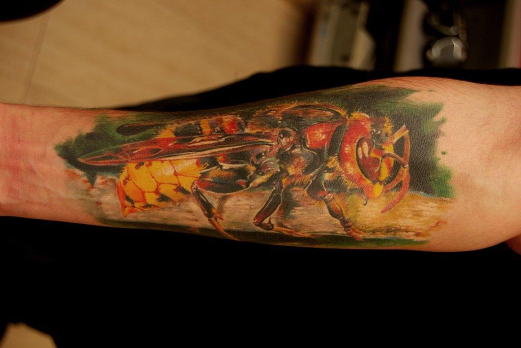 Насекомые в татуировке. Искусство татуировки.