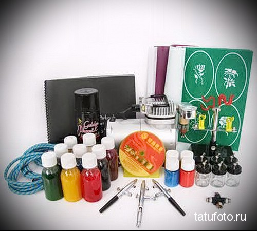 Pigments and dyes for tattooing 2342323234
