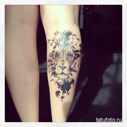 tattoo on his leg animals 2