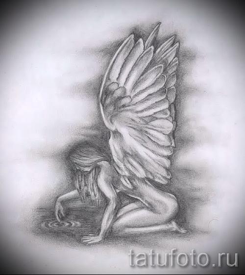 Эскиз тату ангел - девушка на коленях смотрит в воду