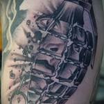 Армейская татуировка - граната лимонка