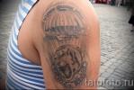 Армейская татуировка — самолет, парашют и барс
