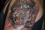 Армейская татуировка — тигр в берете со звездой