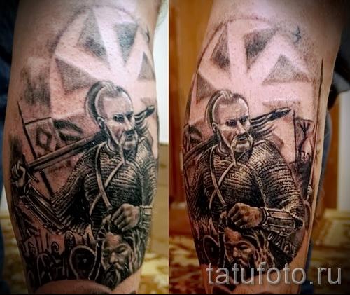 Фото тату коловрат и воин с отрубленной головой врага в руках