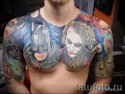 фото пример тату джокер и бетмен - портреты на груди