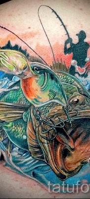 Фото тату щука – рыбацкая татуировка на спине и лопатке