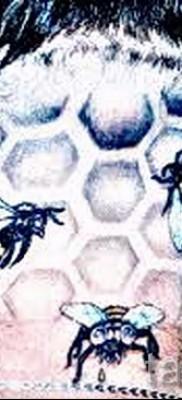 Пример тату пчелы на фото 38