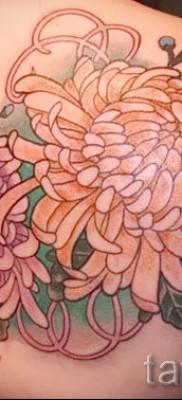 Пример тату хризантема на фото № 51