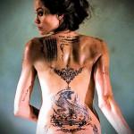 Тату Анджелины Джоли - пример на фото № 10