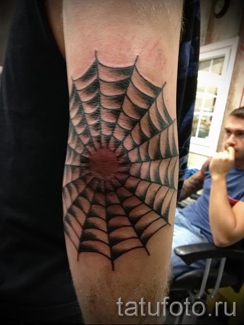 Тату паутина на локте - фото готовой татуировки - 20122015 № 14