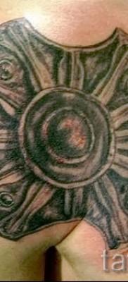 Фото тату щит – щит круглый с вырезами как у ахилеса