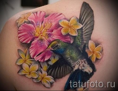 колибри с цветком тату - фото вариант от 21122015 № 1