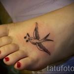 маленькая ласточка тату - фото пример 2
