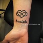 тату буква в сердце - фото готовой татуировки - 20122015 № 6