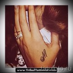 тату буква м - фото готовой татуировки - 20122015 № 20