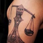 тату знак весы на руке - фото пример от 13122015 № 12