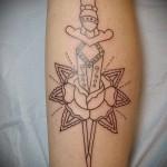 тату контурные цветы - фото вариант от 21122015 № 5