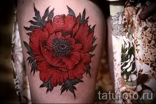 тату красный цветок - фото классной татуировки от 21122015 № 4