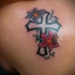 тату крест с цветами - фото вариант от 21122015 № 7