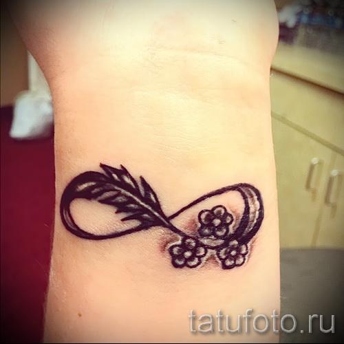 тату на кисти цветы - фото классной татуировки от 21122015 № 3