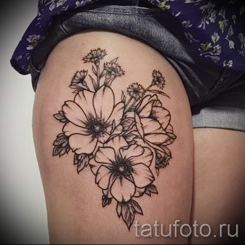 тату на ляшке цветы 5
