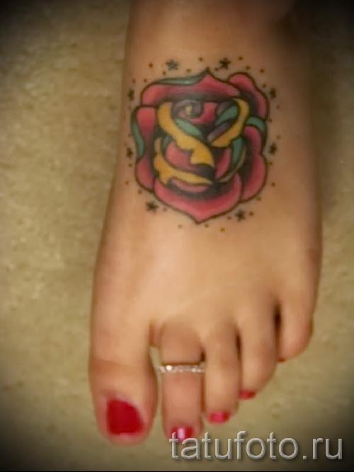 тату на ноге розы - фото вариант от 15122015 № 24