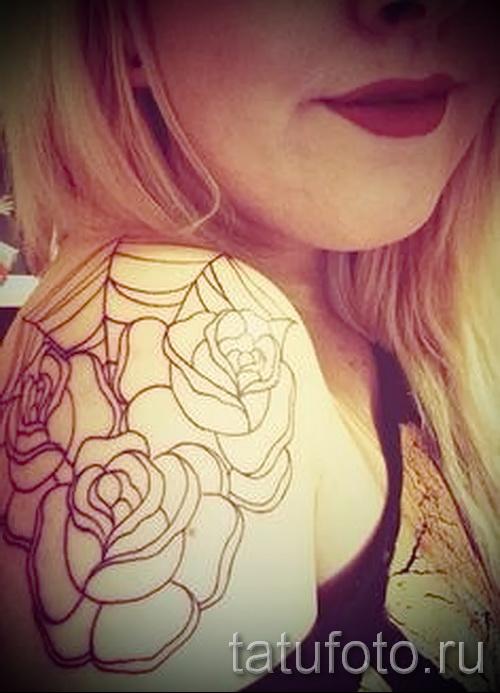 тату паутина на плече - фото готовой татуировки - 20122015 № 5