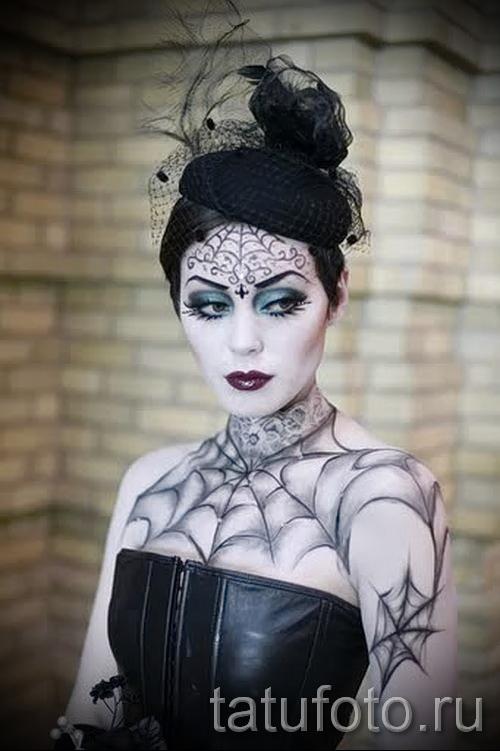 тату паутины на груди - фото готовой татуировки - 20122015 № 5