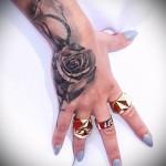 тату роза на запястье - фото вариант от 15122015 № 21