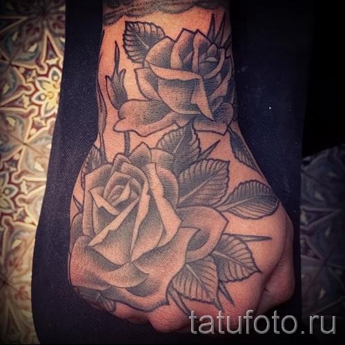 тату роза на кисти - фото вариант от 15122015 № 1