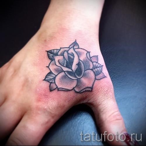 тату роза на кисти - фото вариант от 15122015 № 18