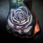 тату роза на кисти - фото вариант от 15122015 № 40