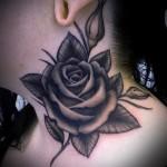 тату роза на шее - фото вариант от 15122015 № 4