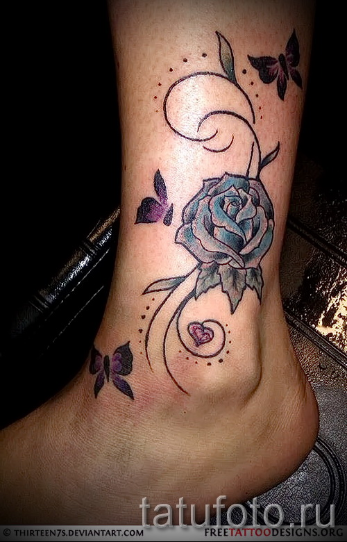 тату роза на щиколотке - пример на фото 6