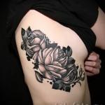 тату розы на ребрах - фото вариант от 15122015 № 8