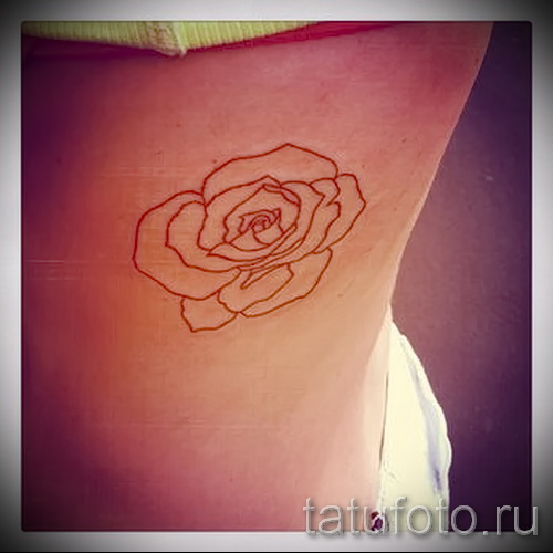 тату розы на ребрах - фото вариант от 15122015 № 9