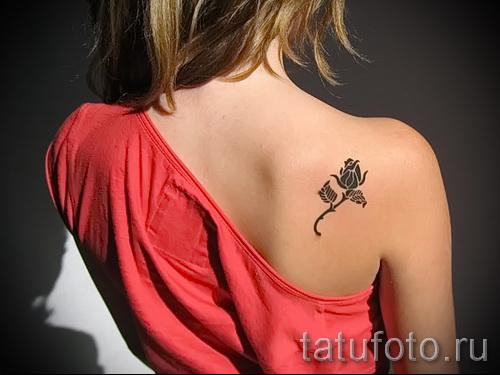 тату розы на спине - фото вариант от 15122015 № 2
