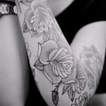 тату розы черно белые - фото вариант от 15122015 № 11