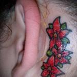 тату цветок за ухом 5