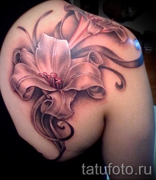 тату цветок лилия 3